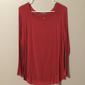 AMERICAN EAGLE SOFT & SEXY RED LONG SLEEVE